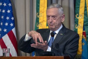 El secretario de Defensa de EE. UU., Jim Mattis, critica agresión china en gira latinoamericana
