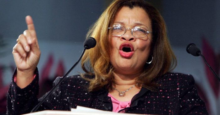 Dr. Alveda King, fundadora de King for America, Inc.,